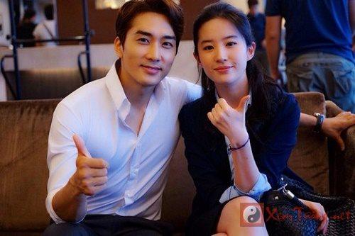 Xem tử vi đoán việc kết hôn của Song Seung Heon và Lưu Diệc Phi
