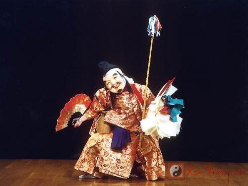 Văn hóa tâm linh qua những chiếc mặt nạ Nhật Bản