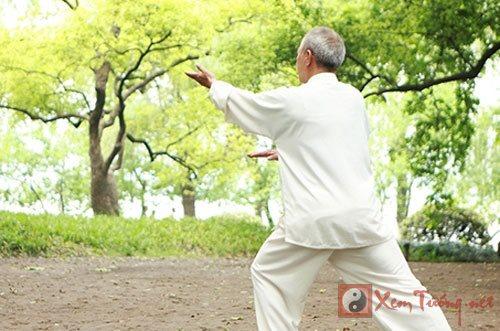 Những điều người trung niên không nên làm trong dịp xuân