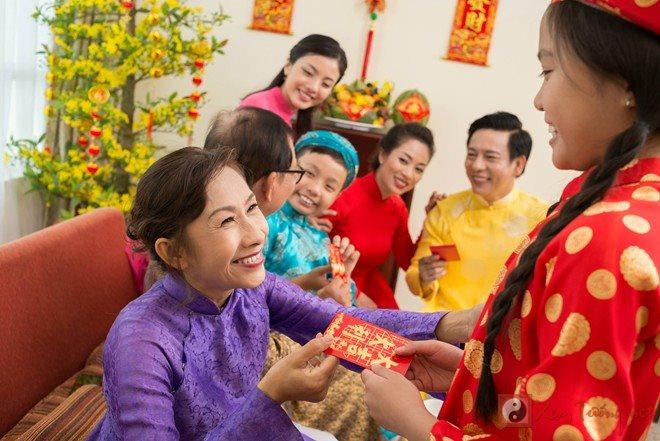 7 điều đại kỵ khi tặng và nhận bao lì xì mọi người đều nên biết