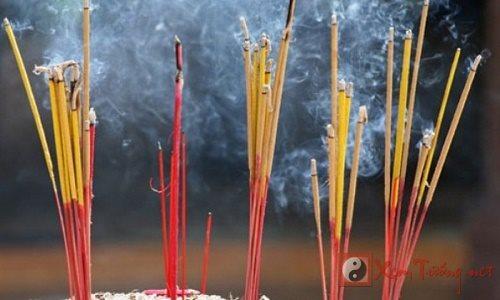 Van hoa dang huong trong doi song nguoi Viet hinh anh