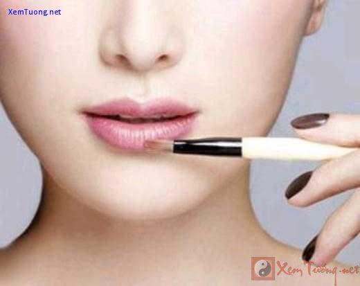 20150129-031417-khac-phuc-doi-moi-mong-bang-make-up-2_520x413