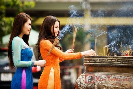 Đi đền chùa như thế nào cho đúng?