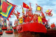 Lễ hội truyền thống diễn ra vào tháng 3 âm lịch