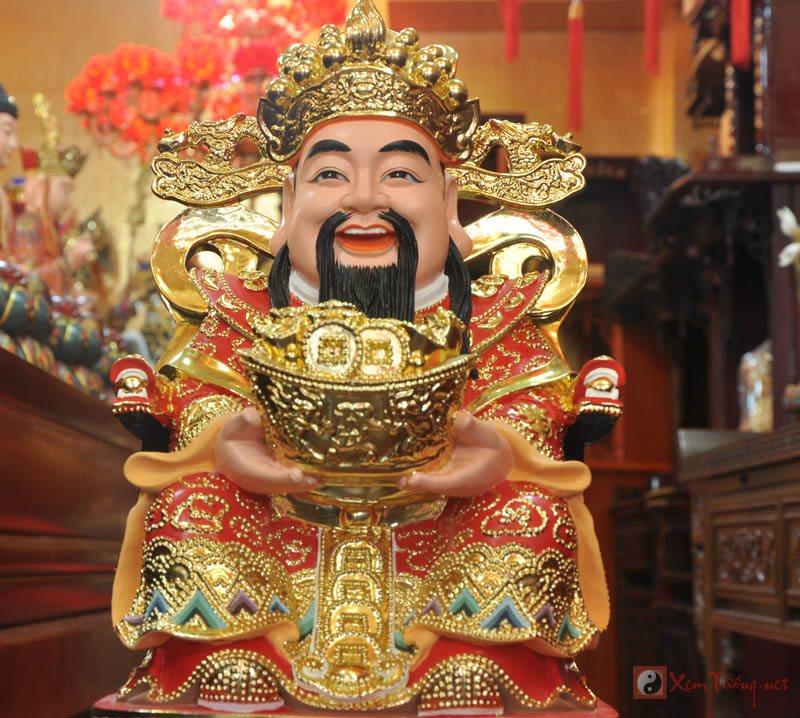 Xem cách bài trì bàn thờ Thần Tài và đặt hướng đúng rước lộc vào nhà