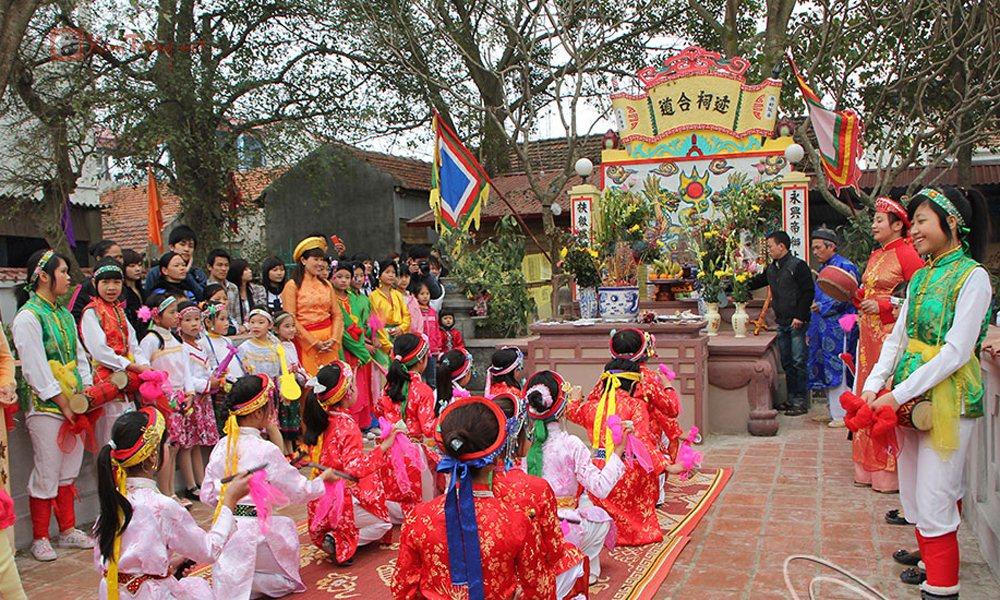 Các lễ hội diễn ra trong ngày 13 tháng 5 âm lịch - Hội Đình Vĩnh Ninh
