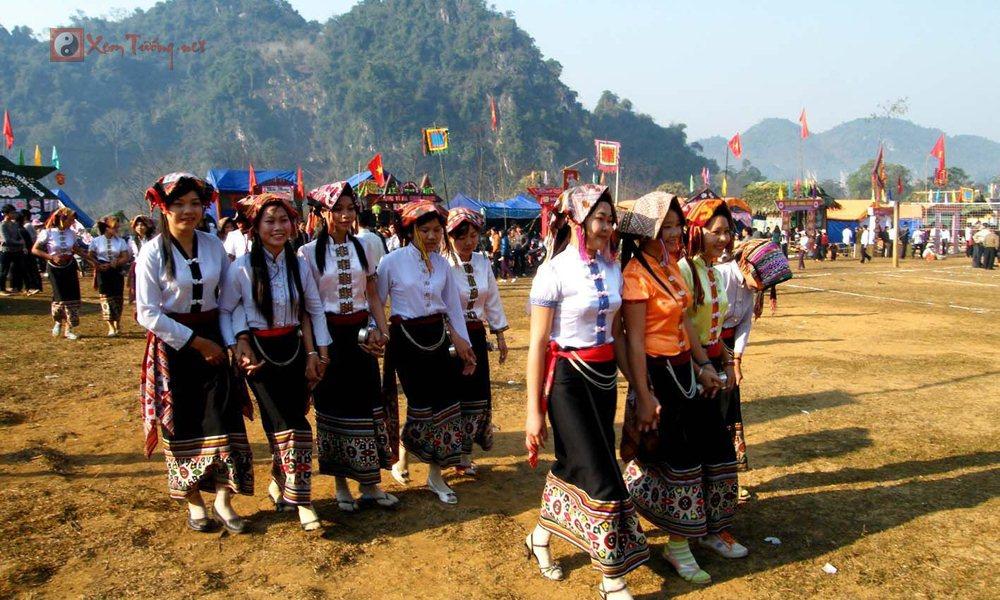 Các lễ hội ngày 21 tháng 1 Âm Lịch - Hội Hang Bua