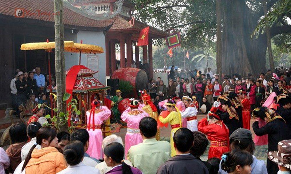Các lễ hội ngày 24 tháng 2 Âm Lịch - Hội Đền Hoàng Công Chất