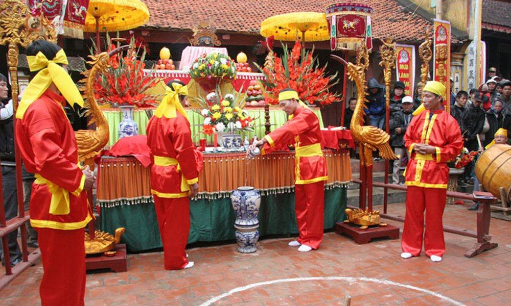 Các lễ hội ngày 28 tháng 12 Âm Lịch - Hội Bạch Lưu