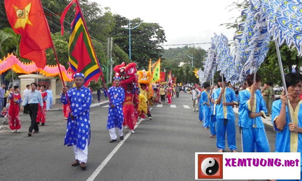 Lễ hội tiêu biểu diễn ra trong ngày 16 tháng 8 âm lịch - Hội Nghinh Ông Vũng Tàu