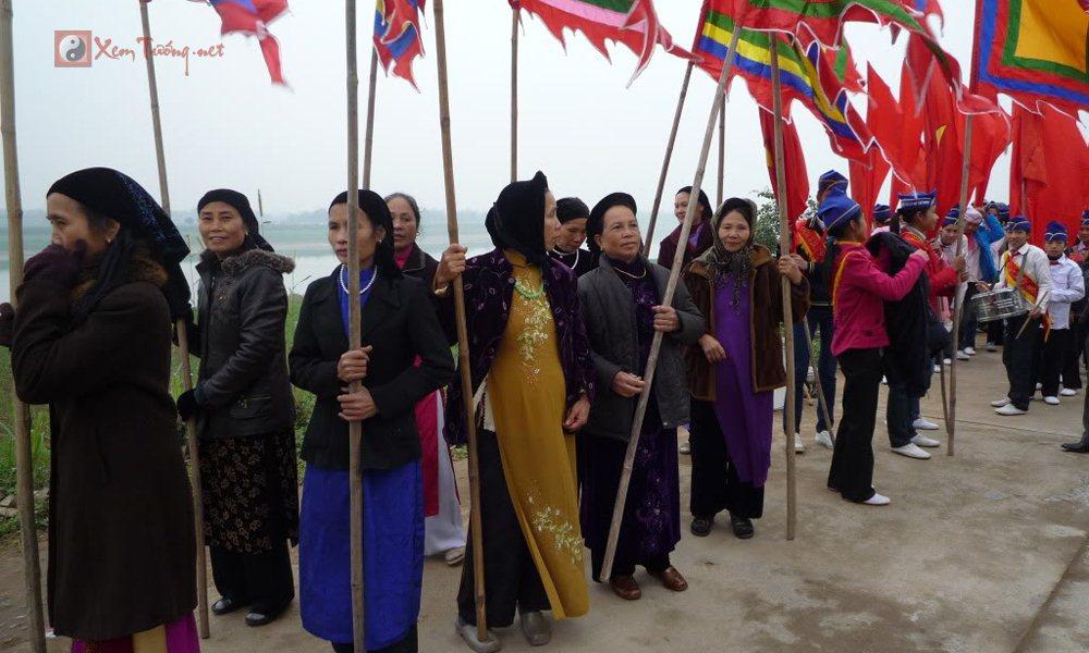 Lễ hội tiêu biểu diễn ra trong ngày 21 tháng 4 âm lịch - Hội Yên lập